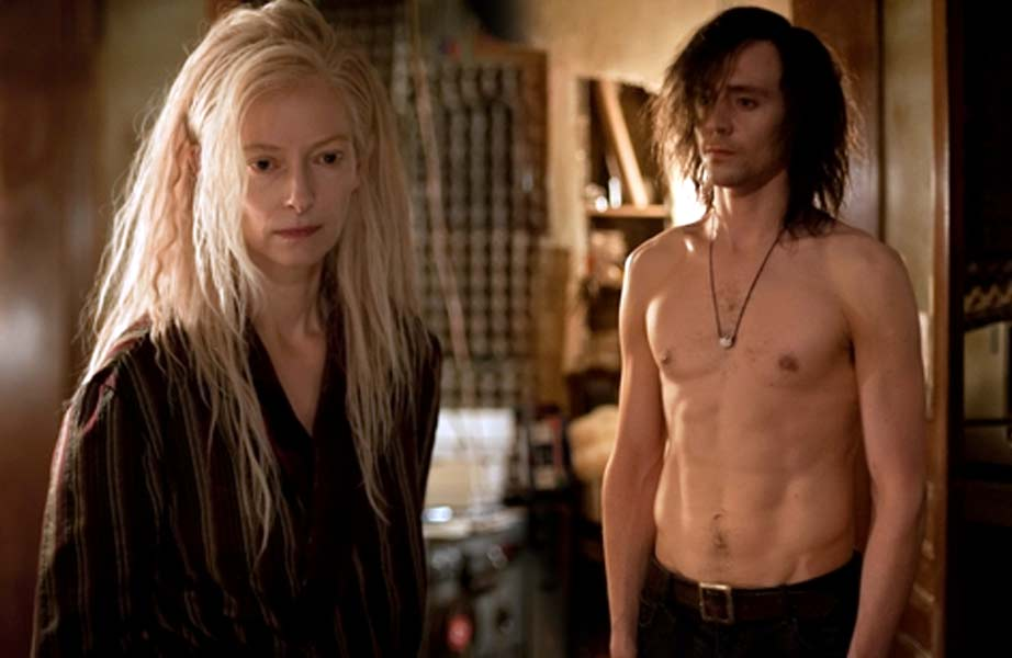 casal-vampiro-tom-hiddlestone-tilda-swinton