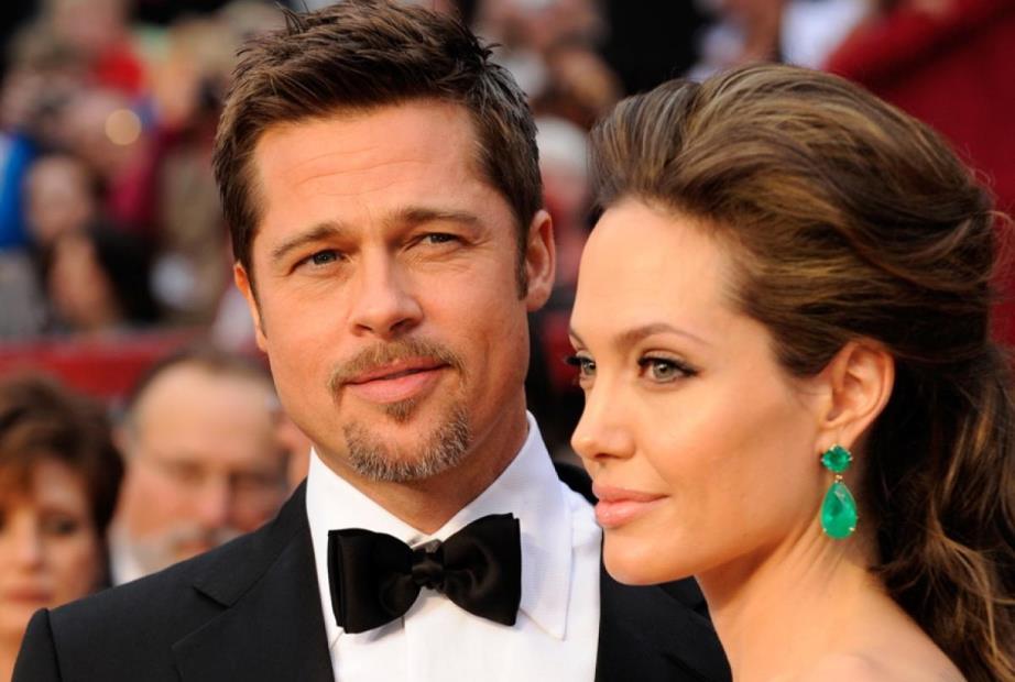 """Angelina Jolie sobre divórcio com Brad Pitt: """"As coisas ficaram difíceis"""""""