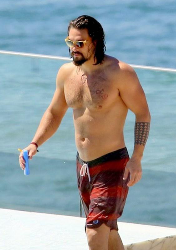 *EXCLUSIVE* Jason Momoa enjoys a laid back day in Rio de Janeiro