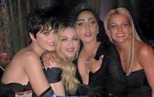 Madonna, Lady Gaga e Katy Perry tiram fotos juntas no Met Gala 2015 e a internet surta!