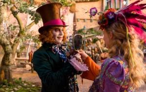 """Disney mostra novas imagens dos seus lançamentos de 2016; tem """"Mogli"""", """"Alice"""", Fassbender…"""