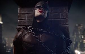 Demolidor aparece acorrentado em novo teaser da segunda temporada