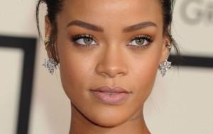 Rihanna não foi ao Grammy, mas vai se apresentar no Brit Awards 2016