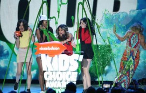 Fifth Harmony, Star Wars, Grant Gustin e mais no Kid's Choice Awards 2016