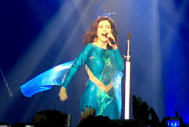marina-and-the-diamonds-show-SP