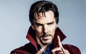 """Benedict Cumberbatch em nova foto oficial de """"Doutor Estranho""""; trailer na semana que vem"""