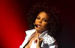 Janet Jackson cancela turnê e fãs exigem reembolso dos ingressos