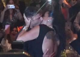 Ricky Martin leiloa beijo por 90 mil dólares na AmfAR 2016