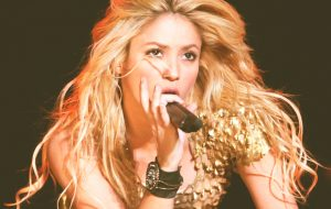 Shakira cancela apresentações no Grammy Latino e no AMA 2016