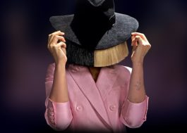 "Com ""Cheap Thrills"", Sia consegue seu 1º single no topo da Billboard"