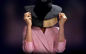 """Celine Dion escreve sobre Sia: """"Ela é a verdadeira definição de um artista"""""""