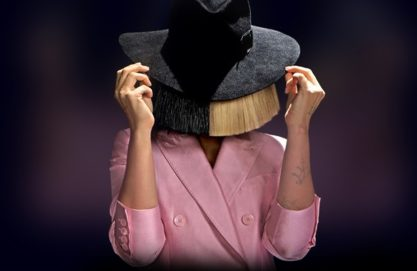 Sia arrasando na Billboard