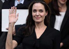 Angelina Jolie vai dar aulas em universidade de Londres