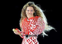 Beyoncé diz em show que seu primeiro álbum solo foi o Destin…ERROR