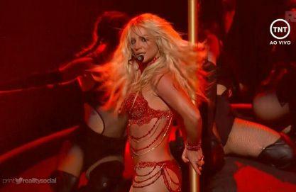 Britney arrasa com seus hitneys