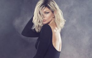Fergie é confirmada em festival e lança nova imagem promocional