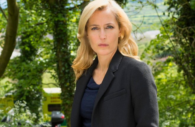 gillian-anderson-james-bond