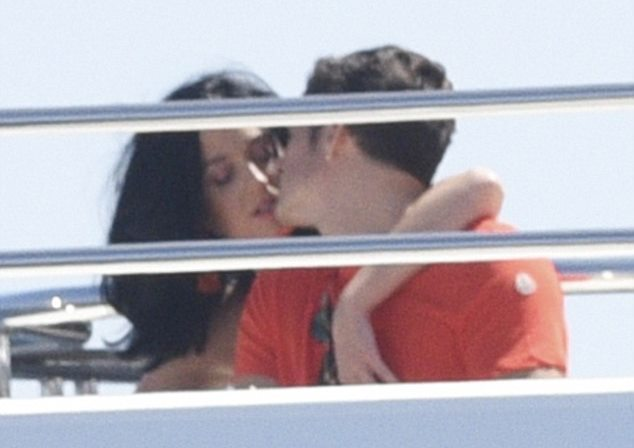 katy-perry-orlando-bloom-cannes-001