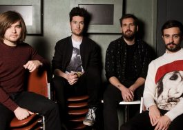 "Promovendo o próximo álbum, Bastille lança o single ""Fake It"""