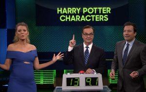 """Blake Lively mostra que conhece todos os personagens de """"Harry Potter"""" em jogo com Jimmy Fallon"""