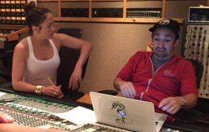 Jennifer Lopez grava música para vítimas de Orlando com Lin-Manuel Miranda