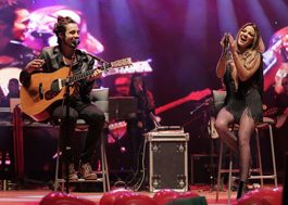 Maite Perroni canta com Tiago Iorc durante show em Curitiba