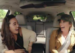 Demi Lovato se disfarça de motorista e brinca com fãs