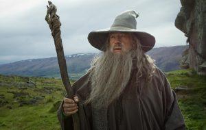 Ian McKellen recusou R$ 5 milhões para realizar casamento vestido de Gandalf! Hahaha!