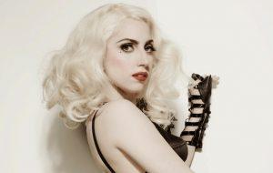 Lady Gaga fará papel que já foi de Barbra Streisand e Judy Garland no cinema