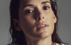 """Winona Ryder: """"Estou cansada de subestimarem as mulheres por serem sensíveis ou vulneráveis"""""""