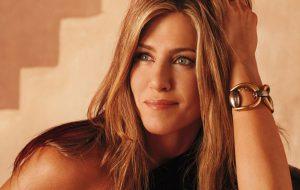 """Segundo Jennifer Aniston, o elenco de """"Friends"""" não gostava da música de abertura!"""