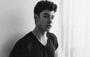 """Shawn Mendes divulga prévias do clipe """"Mercy"""""""