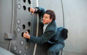 """""""Missão Impossível 6"""" está suspenso após Tom Cruise quebrar tornozelo em set"""