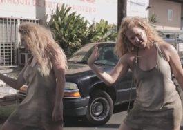 """Amy Schumer e Goldie Hawn lançam paródia para """"Formation"""", da Beyoncé"""
