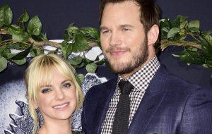 """Chris Pratt vai participar de """"Mom"""", série com sua esposa Anna Faris"""