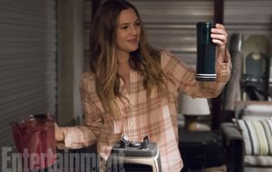 Comédia da Netflix com Drew Barrymore estreia em fevereiro