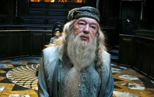 """Dumbledore estará na sequência de """"Animais Fantásticos e Onde Habitam"""""""