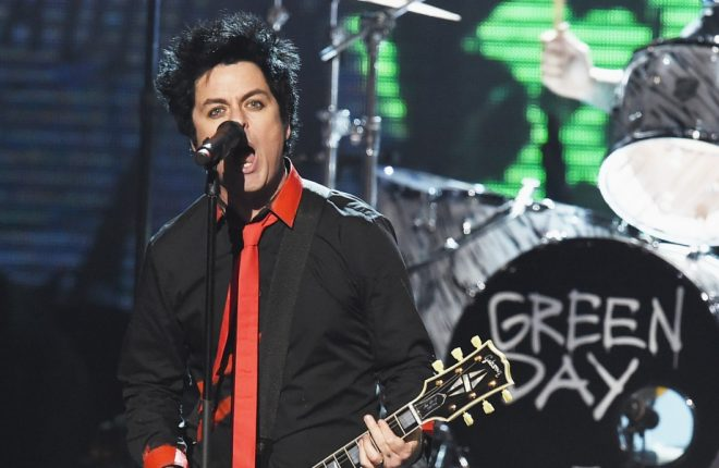 LOS ANGELES, CA - NOVEMBER 20:  Musician Billie Joe Armstrong of Green Day performs onstage during the 2016 American Music Awards at Microsoft Theater on November 20, 2016 in Los Angeles, California.  (Photo by Kevin Winter/Getty Images)