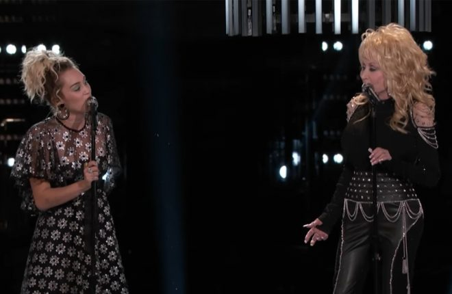 miley-cyrus-dolly-parton-the-voice