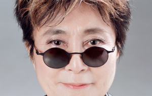 A resposta da Yoko Ono sobre a vitória de Trump resume o sentimento de todo mundo
