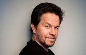 Para Mark Wahlberg, artistas não devem falar sobre posicionamento político