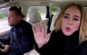 """""""Carpool Karaoke"""" da Adele é o vídeo viral mais visto de 2016!"""
