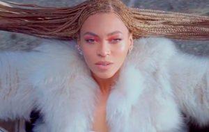 Beyoncé lidera as indicações ao Grammy 2017; veja a lista!