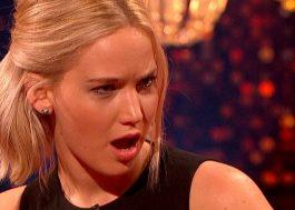 WTF! Jennifer Lawrence quase matou um cara coçando o bumbum em rochas (?)