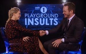 Morrendoooo! Traduzimos o diálogo de Jennifer Lawrence e Chris Pratt se insultando em entrevista