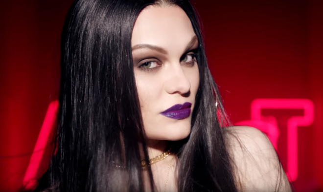 jessie-j-cant-take-my-eyes-off-you