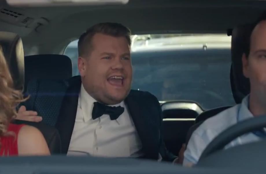 """James Corden faz um """"Carpool Karaoke"""" em comercial do Grammy"""