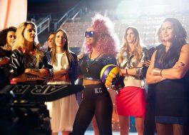 """Karol Conka monta seu squad #GirlPower no clipe de """"O Role é Nosso""""; assista!"""