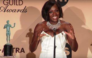 """Viola Davis fala sobre Oscar: """"Falar sobre inclusão será moda ou a regra?"""""""