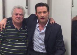 Hugh Jackman se encontra com dublador brasileiro do Wolverine em vídeo!